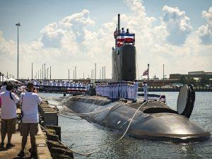 Una immagine del sottomarino nucleare americano Uss John Warner