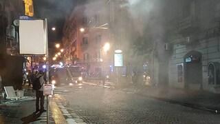 Questione di priorità: per alcuni a Napoli oggi il problema è Hitler sul presepe