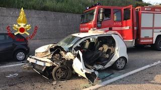 Incidente mortale a Sarno, perde il controllo dell'auto e si schianta contro un muro