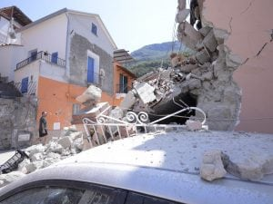 Danni provocati dal terremoto a Ischia del 2017