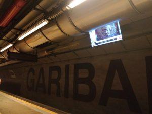 La banchina della stazione Garibaldi della Linea 1 della metropolitana di Napoli.