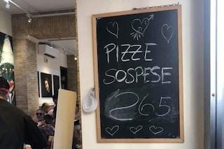 """La grande generosità dei napoletani: """"pizze sospese"""" nel Rione Sanità"""