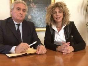 Francesco Floro Flores e il Ministro per il Sud, Barbara Lezzi (Foto: Facebook/Barbara Lezzi)