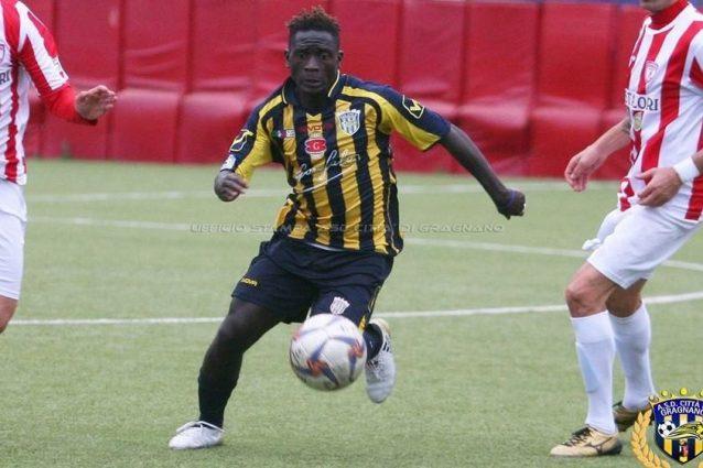 Amir Gassama, calciatore diciannovenne del Gragnano aggredito la scorsa notte. [Foto / Ufficio Stampa Gragnano Calcio]