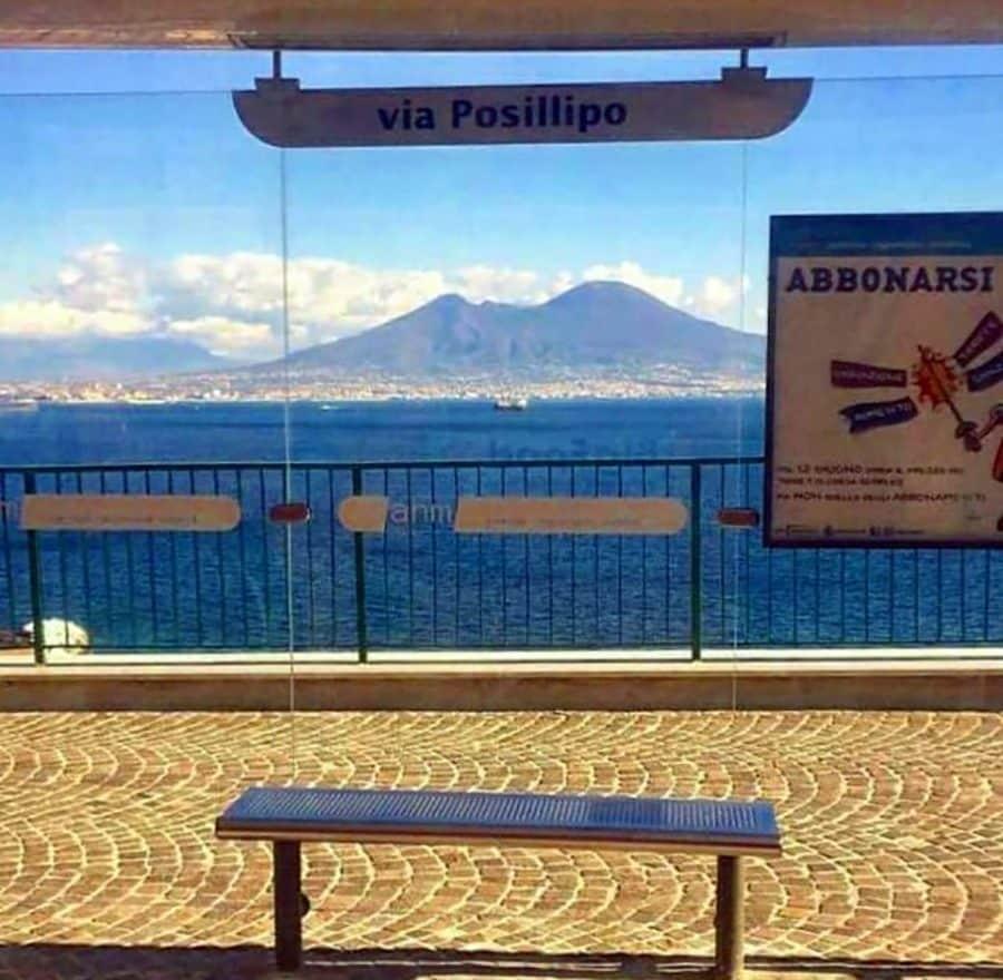 "La fermata ""più bella del mondo"" vista via Instagram"