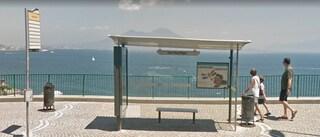 La fermata del bus più bella del mondo? È a Napoli, in via Posillipo