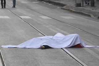 Tragedia a Nocera Inferiore, 16enne cade dal balcone e muore