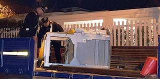 Giugliano, rubano un bancomat nella notte di Capodanno facendo esplodere una bomba carta