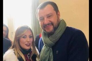 Salvini ad Afragola contro la camorra ma dimentica il marito dell'assessore indagato per 'ndrangheta