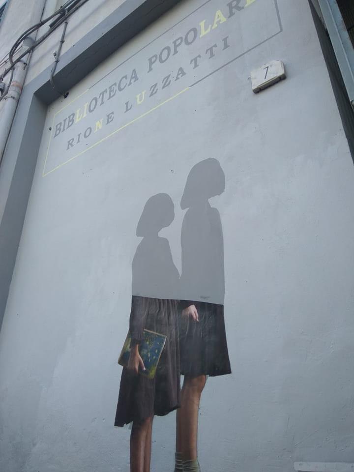 """Il murales dedicato a """"L'Amica Geniale"""", inaugurato quest'oggi al Rione Luzzatti."""