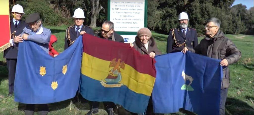 Le bandiera di Istria, Fiume e Dalmazia, durante la Giornata del Ricordo del 2016 al Bosco di Capodimonte.