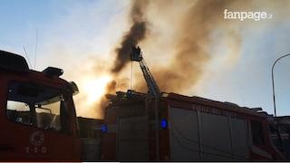 Incendio Napoli: persone intossicate dal fumo della fabbrica di alluminio a Casoria