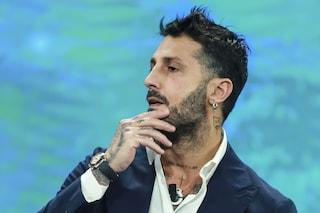 Nuovi guai per Fabrizio Corona: era in un pub in Campania, avrebbe violato divieto dei giudici