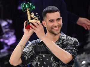 """Mahmood, il vincitore della 69esima edizione di San Remo, con la canzone """"Soldi"""""""