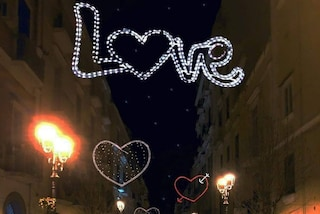 Torre del Greco, ecco le luminarie per la festa degli innamorati di San Valentino 2019