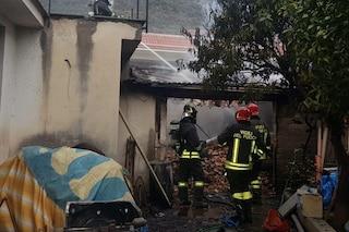 Avellino, incendio in un capanno agricolo: distrutte 2 tonnellate di nocciole