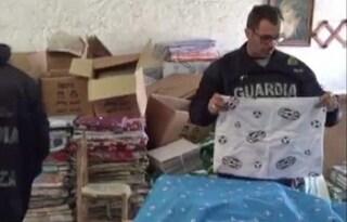 I vestiti falsi della Juventus fatti nel Vesuviano pronti a invadere negozi e bancarelle
