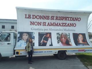 La famiglia Varriale contro il padre di Alessandra Madonna, investita e uccisa dall'ex