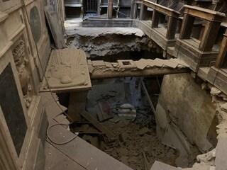 Ospedale Incurabili ancora chiuso da 2 anni dopo crollo, protesta dei cittadini