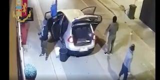 La banda della 'spaccata': feroci, rapidi e veloci nel rapinare i negozi