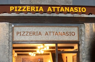 Via Tribunali, pizzerie senza pace: furto nella notte da Attanasio