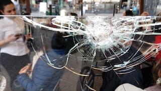 """Spari contro due bar di piazza Trieste e Trento, i testimoni: """"Poteva essere una tragedia"""""""