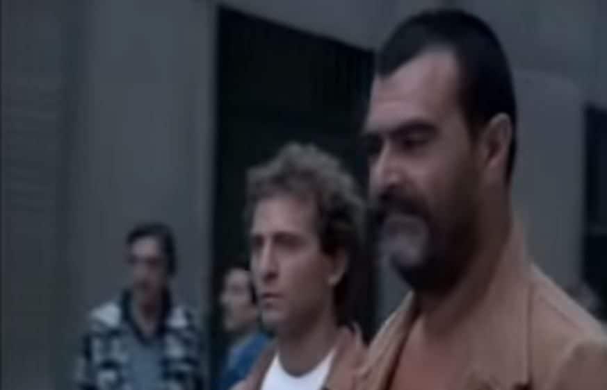A destra Pasquale Zarra nel film Il Camorrista