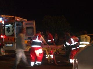 Incidente sulla Napoli-Salerno, tir colpisce furgone di Autostrade, 3 feriti
