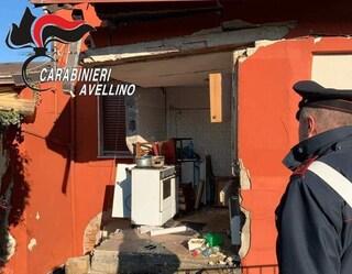 Avellino, fuga di gas, esplode una casa: grave un ragazzo di 22 anni