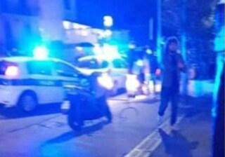 Smart travolge coppietta che attraversava la strada, dramma nella notte a Pozzuoli