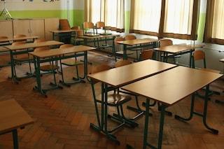 Pozzuoli, creolina nei corridoi dell'istituto Pareto: scuola chiusa per 2 giorni