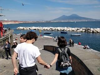 Meteo Napoli weekend 19-20 ottobre, è quasi estate: temperature sopra i 25 gradi