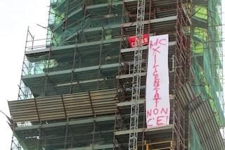 Reddito di cittadinanza, finisce la protesta dei due operai sul campanile del Carmine