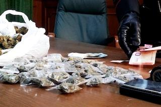 Marijuana ai ragazzi durante il concerto del 1 Maggio in piazza Dante, presi 5 spacciatori