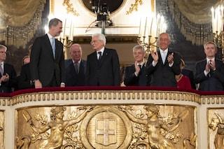 Gaffe al Teatro San Carlo: l'orchestra suona inno franchista davanti al Re di Spagna