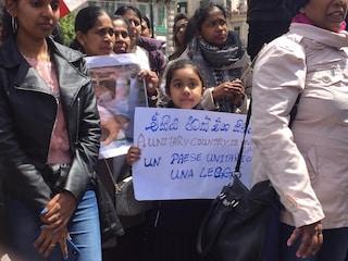 """""""Pasqua di sangue"""" in Sri Lanka, mille cingalesi sfilano a Napoli contro l'Isis"""