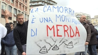 """In piazza contro la camorra anche il figlio del boss: """"Voi camorristi ci fate schifo"""""""