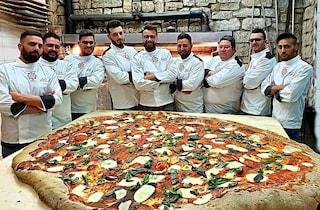 Pizza da record con oltre due metri di diametro realizzata a Vallesaccarda