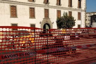 Porta Capuana, la ditta minacciata dal racket convocata al Comune: lunedì torna al lavoro
