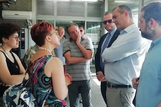 De Magistris in ospedale da Ulderico Esposito, il tabaccaio ferito a Chiaiano