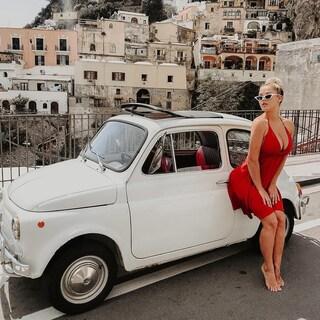 Le foto di Kinsley di Vitaly Uncensored a Positano e Amalfi su Instagram