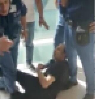Ruba tra i reparti dell'Ospedale del Mare, ladro bloccato dalle guardie giurate