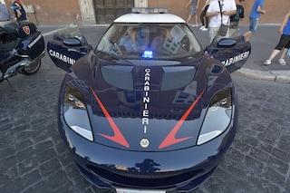 L'Arma dei Carabinieri compie 205 anni, supercar e scene del crimine in piazza Plebiscito