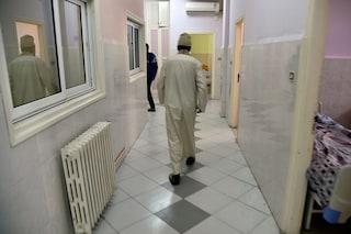 Aggressione all'ospedale di Giugliano: infermiere preso a calci e pugni da un paziente