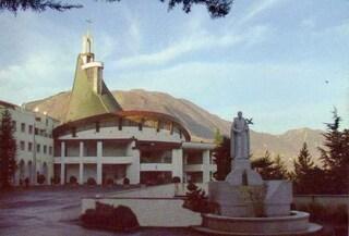 Il santuario di San Gerardo Maiella, il santo delle mamme e dei bambini, a Materdomini