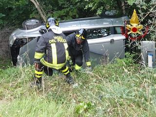 Incidente stradale a Castel Volturno: muore 18enne, due ragazzi gravi in rianimazione