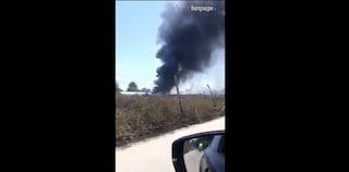 Incendio a Parete, a fuoco plastica e vernice: aria irrespirabile