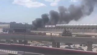 Incendio in un capannone a Ponticelli: nube di fumo nero su Napoli