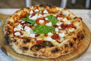 In 10 in pizzeria a vedere la partita nonostante la Zona Rossa, raffica di multe nel Napoletano
