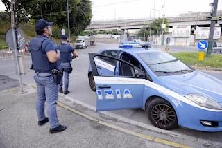 Napoli, ruba un'automobile e si schianta in Tangenziale mentre scappa dalla Polizia